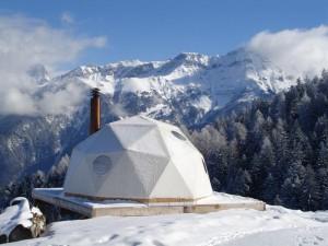 Hotel eco in Elvetia, Alpi. Un concept unic – WhitePod.